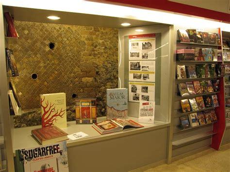 libreria piazza fiume roma realizzazioni 2008 architettura e interior design