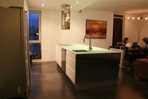 glazen werkblad keuken glazen aanrechtblad dutch glass design