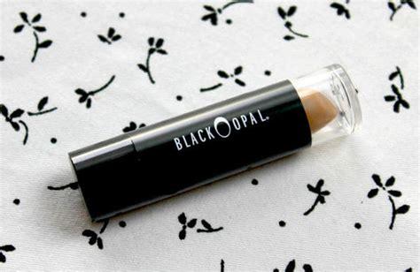 Eyeshadow Yang Cocok Untuk Kulit Berminyak 5 rekomendasi concealer untuk kulit berminyak meramuda