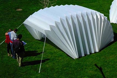 Privacy Bed Tent 8 Innovative Emergency Shelters For When Disaster Strikes
