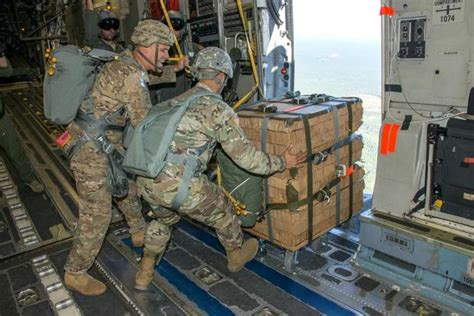 paratroopers test  system  airdropping ammo kit