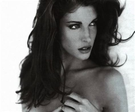 stephanie seymour is the new face of est 233 e lauder