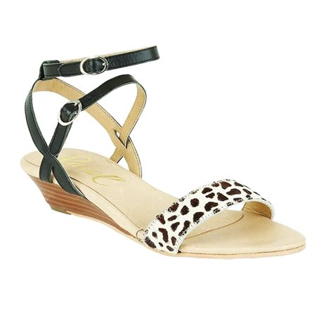 buy ravel fremont low wedge sandals in