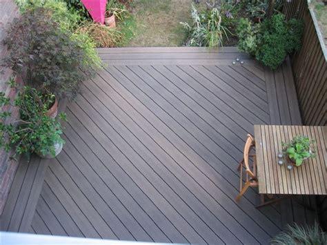 belag terrasse terrasse en bois composite conseils de pose et photos