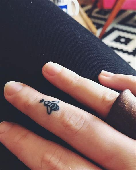 15 tiny tattoo ideas that are beyond dainty finger