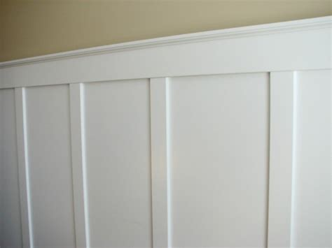 Craftsman Style Homes by Wainscoting Bedroom Board And Batten Wainscoting Rustic