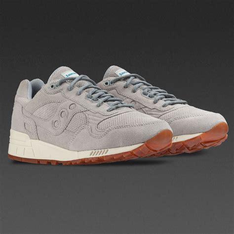 Sepatu Saucony 2 sepatu sneakers saucony shadow 5000 grey