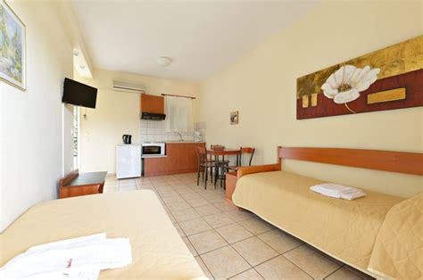 apartment 4 schlafzimmer apartment mit 1 schlafzimmer fur 4 amalia hotel