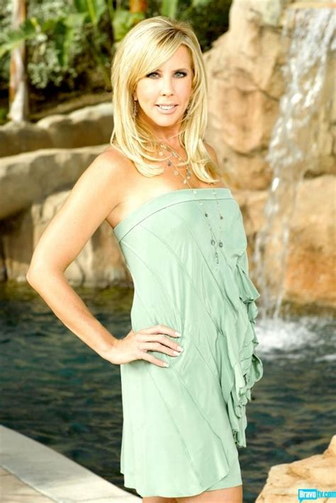 who colors and styles vicki gunvalsos hair vicki gunvalson not sure why she didn t stick with this
