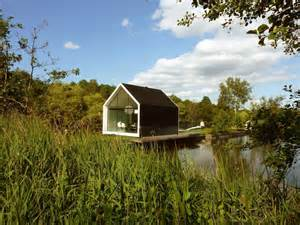 Building A Small Cabin In The Woods The Recreational Island House Minimalist Architecture