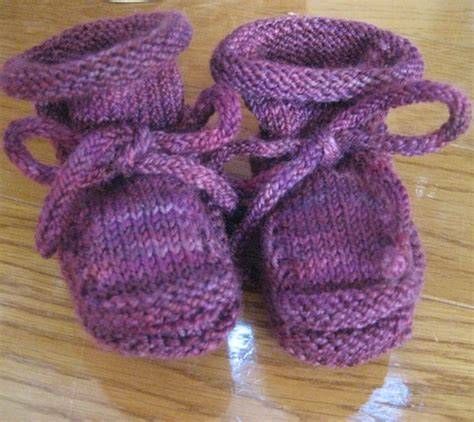 knit stay free stay on baby bootie pattern by christine bourquin