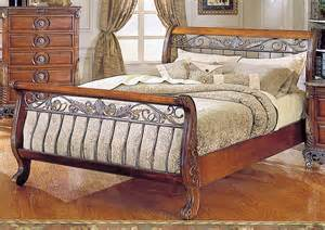 Warm cherry finish traditional sleigh bed w iron gold tone frame hebs