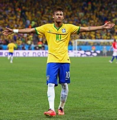 biography of neymar jr in english neymar jr favorite color music food hobbies soccer player