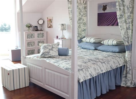 Provence Stil by Provence Style Bedroom