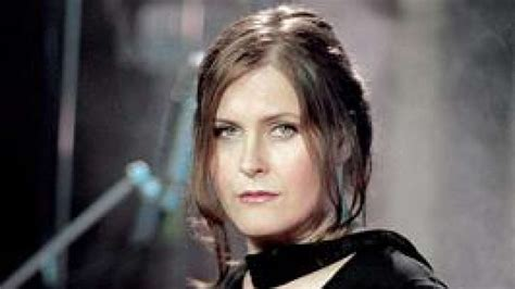 alison moyet all cried out all cried out by alison moyet on absolute radio
