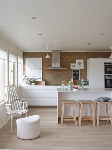 miglior pavimento laminato come scegliere il pavimento migliore per la tua cucina
