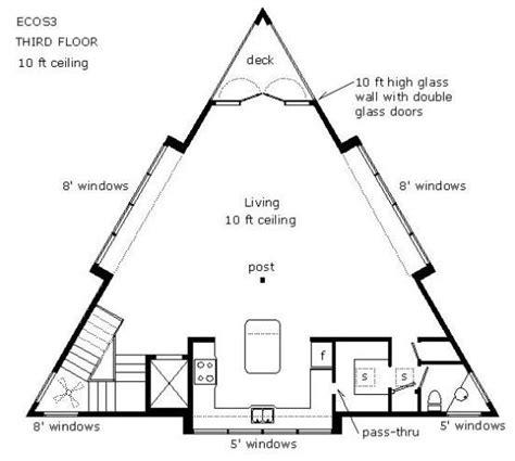 triangle floor plan triangular living floor plan buscar con google floor