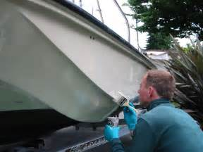 Fiberglass Spray Paint - fibre reinforced plastic gelcoat and gelcoating method procedure and tips