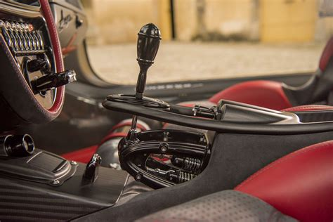 pagani gear shifter pagani launches lighter huayra bc with 789hp and carbon