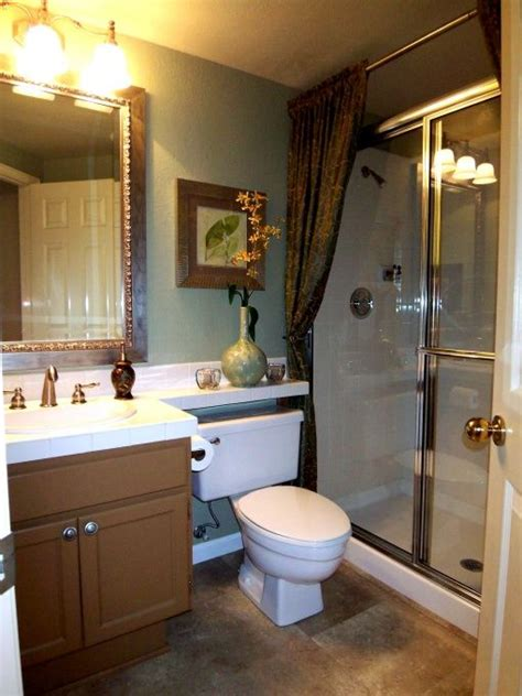 Simple Bathroom Makeovers by 17 Best Ideas About Sliding Shower Doors On