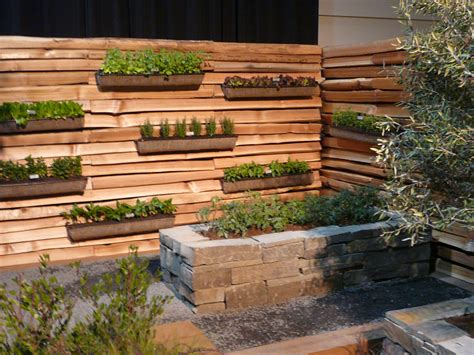 Vertical Edible Garden 1000 Images About Inspiration Kitchen Gardens On