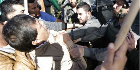 Diskon Gas Air Mata 90ml pejabat palestina tewas dipukuli tentara israel co id