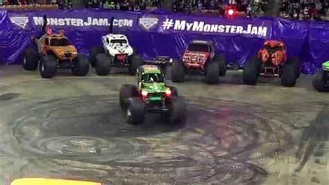monster truck jam houston 2015 monster jam grave digger donut competition monster truck