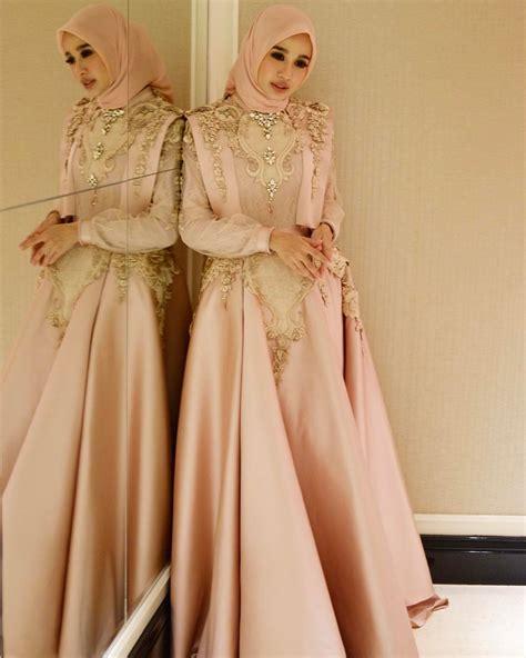 Desain Gaun Untuk Muslimah | 10 desain cantik gaun muslimah untuk ke acara pesta