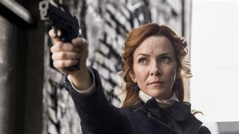 Keying In On Timeless Style 2 by Timeless Season 2 Episode 7 Review Mrs Sherlock