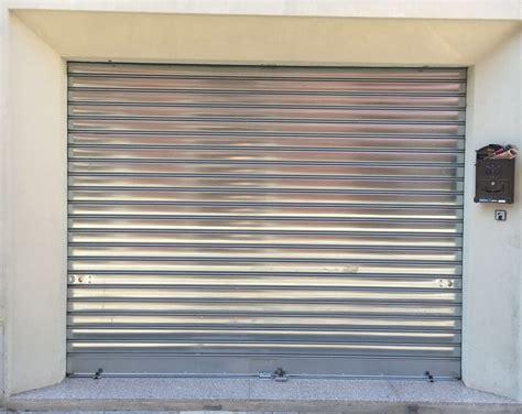 serrande sezionali per garage serrande portoni e basculanti a cagliari ed in tutta la