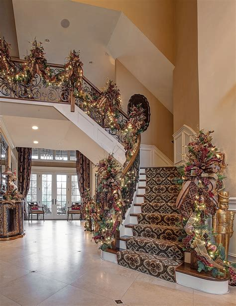 Modern Farmhouse Interior Design 23 gorgeous christmas staircase decorating ideas