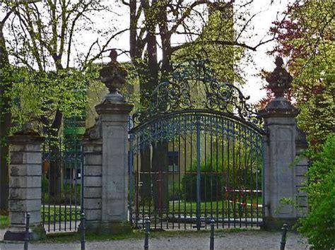 zur scheune berlin grunewald millionen f 252 r eine villa gern auch in bar