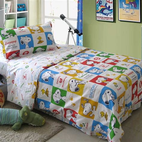 snoopy bedroom snoopy bedding