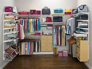 rubbermaid wardrobe closet 18 best rubbermaid homefree closet images on