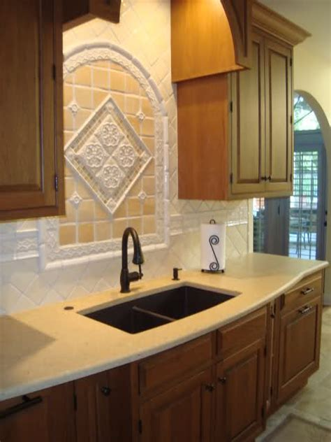 Please post pictures of kitchen sinks without a window