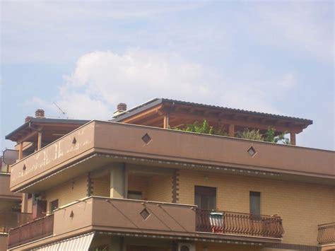 con portico portico con fotovoltaico tivoli asso strutture