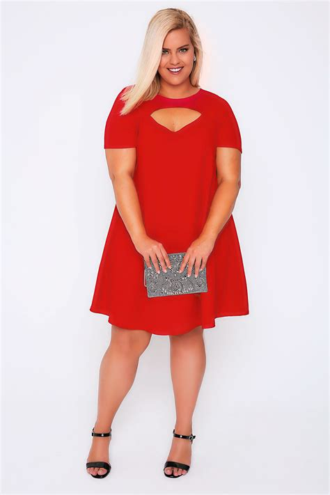 swing und cut sleeved swing dress with cut out detail plus