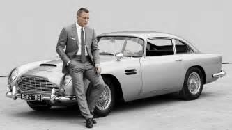 Daniel Craig Aston Martin 1366x768 Aston Martin Db5 1964 Aston Martin Db5 Daniel