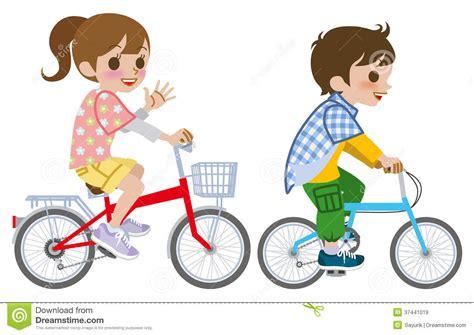 imagenes de niños jugando en bicicleta two kids riding bicycle isolated royalty free stock
