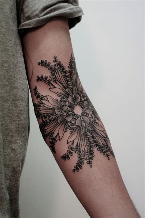 pretty arm tattoos 40 beautiful arm designs for