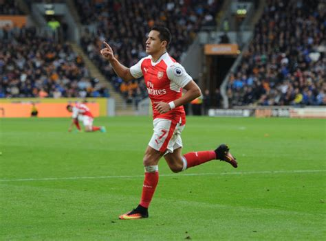 alexis sanchez unstoppable arsenal news combined xi arsenal and chelsea metro news