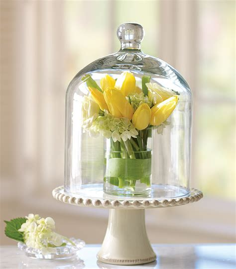 unique flower centerpieces hostess