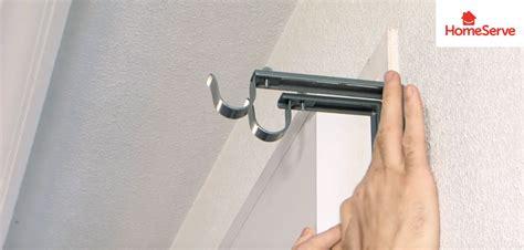 como poner una cortina tutorial c 243 mo colocar cortinas y rieles en tus ventanas y