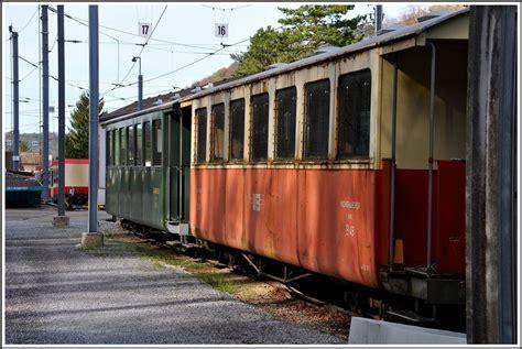 die wagen die wagen des dfzuges hinter dem depot in waldenburg