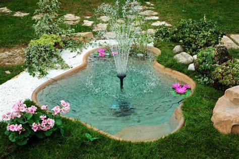 costruire un laghetto in giardino come costruire un laghetto da giardino ville e giardini