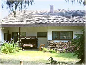 haus mieten privat berlin ferienhaus mit schwimmbad und sauna in der rureifel