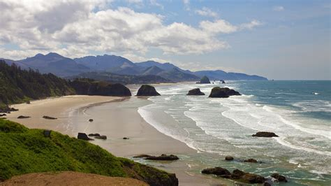 cannon beach in cannon beach oregon expedia