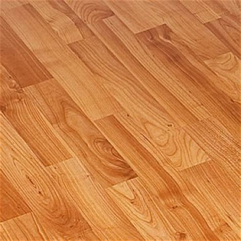 Cherry Wood Laminate Flooring 7mm Cherry Laminate Flooring Ac3 31 Wood Floors Kronopol Laminate Wood Floors