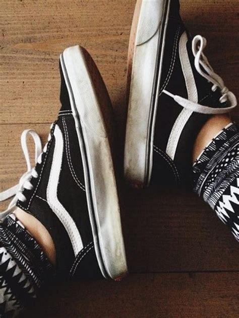 Sepatu Converse Rusak 5 alasan kenapa kamu tetap pakai sepatu yang sudah lusuh fashion bintang