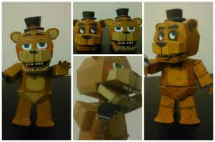 Five nights at freddy s 2 toy freddy papercraft by adogopaper on